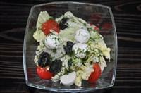 Салат с помидорами и моцареллой 1/100