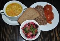 Комплекс №1 понедельник: Суп картофельный с бобовыми и мясом птицы, Греча отварная, Тефтели куриные, Винегрет овощной,Хлеб ржаной 2 куска