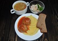 Комплекс №1 четверг: Суп картофельный с бобовыми и мясом птицы, Картофельное пюре, Ежики куриные, Салат Оливье, Хлеб ржаной 2 куска