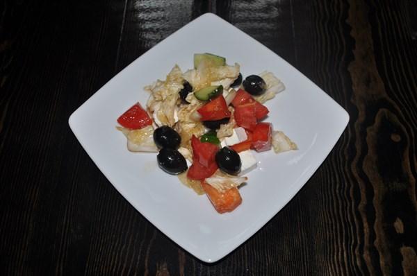 Салат по-Гречески 150 гр - фото 4738