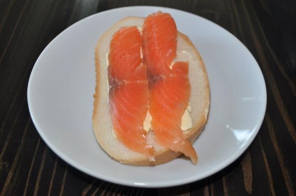 Бутерброд с красной рыбой 40 гр - фото 5048