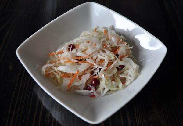 Салат и з свежей капусты с клюквой 100 гр - фото 5257