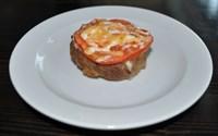 Бифштекс запеченный с помидором 110 гр